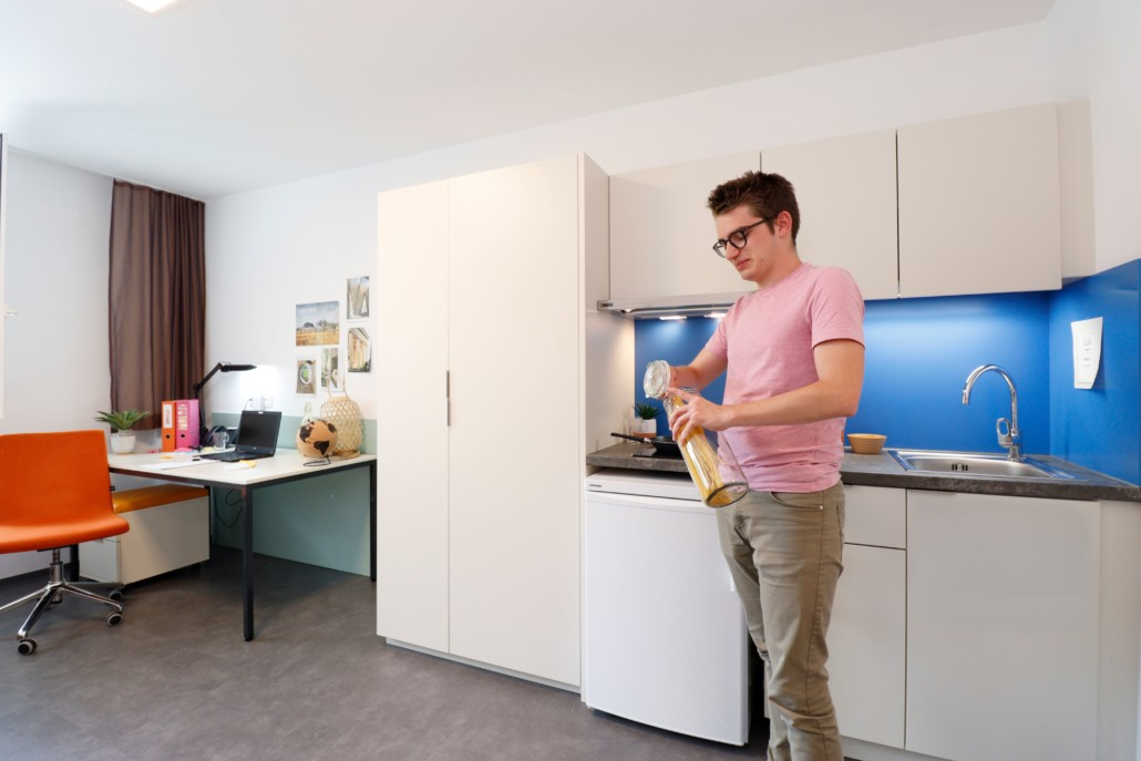 stuwo-innsbruck-apartment-mit-küche-bad-und-wc