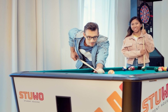 stuwo-studentenheim-gaming-lounge-billard